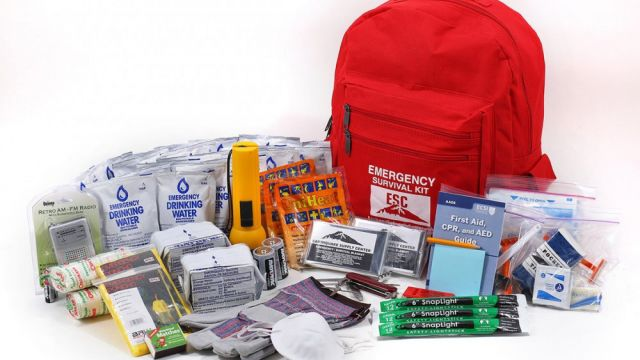 12012021-1610417792-1824315578-two-person-emergency-kit-earthquake-supply-center-101-2_68cd7def-dbb2-4c9b-b2b2-f766b32ac420_580x@2x.jpg